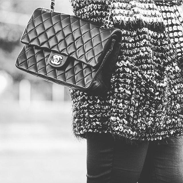 Giornata grigia  disperato bisogno di Chanel Indossata insieme alhellip