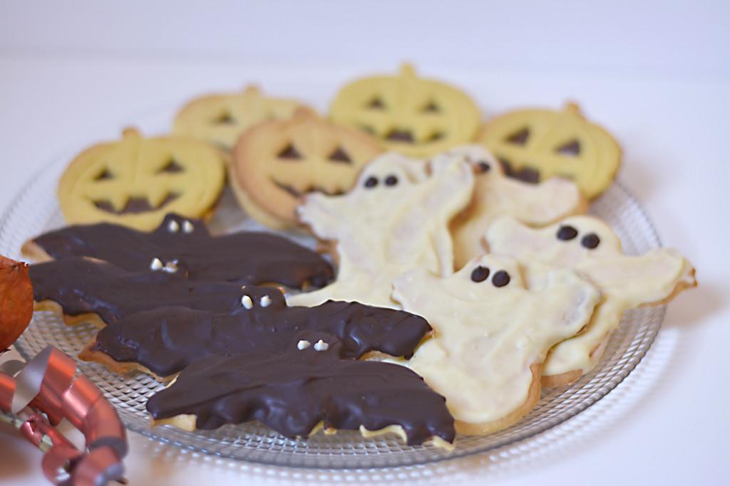 bhiscottini-di-Halloween
