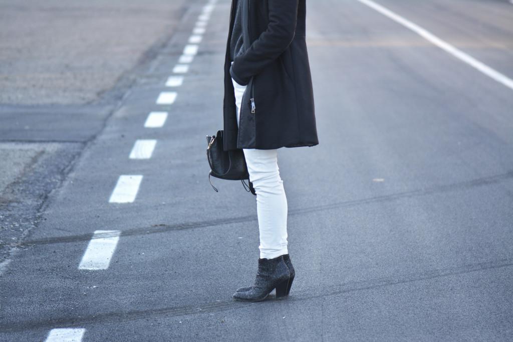 pantaloni-bianchi