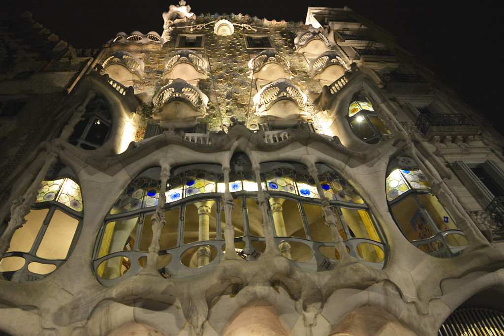 Casa-Batlo-night2